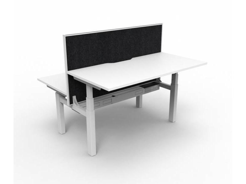 Paramount Height Adj Desk / Screen 1500,